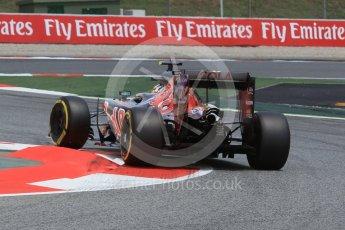 World © Octane Photographic Ltd. Scuderia Toro Rosso STR11 – Carlos Sainz. Friday 13th May 2016, F1 Spanish GP Practice 2, Circuit de Barcelona Catalunya, Spain. Digital Ref : 1539CB1D8513