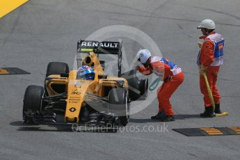 World © Octane Photographic Ltd. Renault Sport F1 Team RS16 – Jolyon Palmer. Friday 13th May 2016, F1 Spanish GP Practice 2, Circuit de Barcelona Catalunya, Spain. Digital Ref : 1539LB1D5060