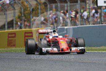 World © Octane Photographic Ltd. Scuderia Ferrari SF16-H – Sebastian Vettel. Sunday 15th May 2016, F1 Spanish GP Race, Circuit de Barcelona Catalunya, Spain. Digital Ref :