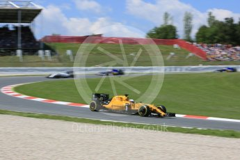 World © Octane Photographic Ltd. Renault Sport F1 Team RS16 - Kevin Magnussen. Sunday 15th May 2016, F1 Spanish GP Race, Circuit de Barcelona Catalunya, Spain. Digital Ref :