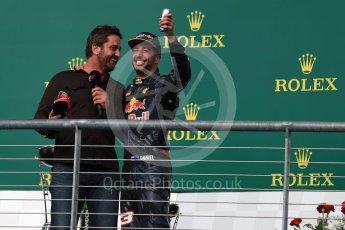 World © Octane Photographic Ltd. Gerard Butler with Red Bull Racing – Daniel Ricciardo (3rd). Sunday 23rd October 2016, F1 USA Grand Prix Podium, Austin, Texas – Circuit of the Americas (COTA). Digital Ref :1750LB1D4696