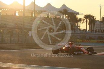World © Octane Photographic Ltd. Formula 1 - Abu Dhabi Grand Prix - Friday - Practice 2. Sebastian Vettel - Scuderia Ferrari SF70H. Yas Marina Circuit, Abu Dhabi. Friday 24th November 2017. Digital Ref: 2003CB1L6054