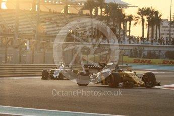 World © Octane Photographic Ltd. Formula 1 - Abu Dhabi Grand Prix - Friday - Practice 2. Nico Hulkenberg - Renault Sport F1 Team R.S.17. Yas Marina Circuit, Abu Dhabi. Friday 24th November 2017. Digital Ref: 2003CB1L6196