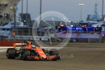 World © Octane Photographic Ltd. Formula 1 - Abu Dhabi Grand Prix - Friday - Practice 2. Fernando Alonso - McLaren Honda MCL32. Yas Marina Circuit, Abu Dhabi. Friday 24th November 2017. Digital Ref: 2003CB1L6720
