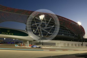 World © Octane Photographic Ltd. Formula 1 - Abu Dhabi Grand Prix - Friday - Practice 2. Marcus Ericsson – Sauber F1 Team C36. Yas Marina Circuit, Abu Dhabi. Friday 24th November 2017. Digital Ref: 2003CB5D0175