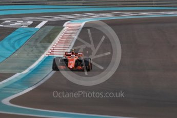 World © Octane Photographic Ltd. Formula 1 - Abu Dhabi Grand Prix - Friday - Practice 2. Stoffel Vandoorne - McLaren Honda MCL32. Yas Marina Circuit, Abu Dhabi. Friday 24th November 2017. Digital Ref: 2003LB1D3324