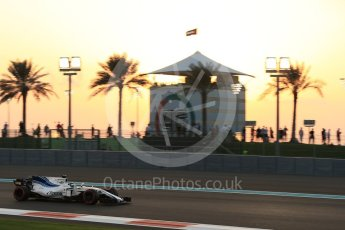World © Octane Photographic Ltd. Formula 1 - Abu Dhabi Grand Prix - Friday - Practice 2. Felipe Massa - Williams Martini Racing FW40. Yas Marina Circuit, Abu Dhabi. Friday 24th November 2017. Digital Ref: 2003LB2D8599