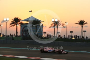 World © Octane Photographic Ltd. Formula 1 - Abu Dhabi Grand Prix - Friday - Practice 2. Esteban Ocon - Sahara Force India VJM10. Yas Marina Circuit, Abu Dhabi. Friday 24th November 2017. Digital Ref: 2003LB2D8797