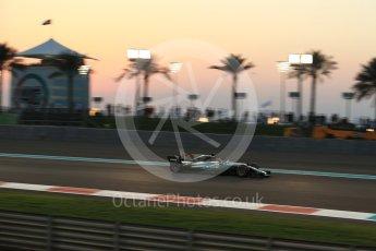 World © Octane Photographic Ltd. Formula 1 - Abu Dhabi Grand Prix - Friday - Practice 2. Lewis Hamilton - Mercedes AMG Petronas F1 W08 EQ Energy+. Yas Marina Circuit, Abu Dhabi. Friday 24th November 2017. Digital Ref: 2003LB2D8970