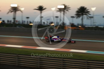 World © Octane Photographic Ltd. Formula 1 - Abu Dhabi Grand Prix - Friday - Practice 2. Brendon Hartley - Scuderia Toro Rosso STR12. Yas Marina Circuit, Abu Dhabi. Friday 24th November 2017. Digital Ref: 2003LB2D9205