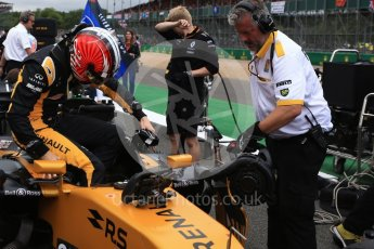 World © Octane Photographic Ltd. Formula 1 - British Grand Prix - Sunday - Grid. Nico Hulkenberg - Renault Sport F1 Team R.S.17. Silverstone, UK. Sunday 16th July 2017. Digital Ref: 1891LB2D9939