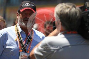World © Octane Photographic Ltd. Formula 1 - Spanish Grand Prix Grid. Sean Bratches - Liberty Media Commercial Director of F1. Circuit de Barcelona - Catalunya, Spain. Sunday 14th May 2017. Digital Ref:1824LB1D3745