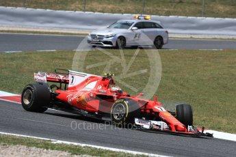 World © Octane Photographic Ltd. Formula 1 - Spanish Grand Prix Race. Kimi Raikkonen with broken steering - Scuderia Ferrari SF70H and the F1 medical car. Circuit de Barcelona - Catalunya, Spain. Sunday 14th May 2017. Digital Ref:1825LB1D3986