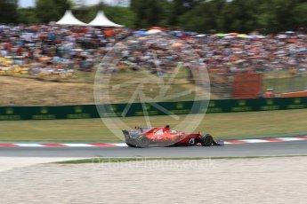 World © Octane Photographic Ltd. Formula 1 - Spanish Grand Prix Race. Sebastian Vettel - Scuderia Ferrari SF70H and Lewis Hamilton - Mercedes AMG Petronas F1 W08 EQ Energy+. Circuit de Barcelona - Catalunya, Spain. Sunday 14th May 2017. Digital Ref:1825LB1D4238