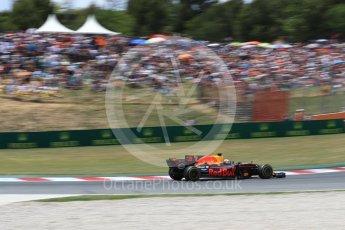 World © Octane Photographic Ltd. Formula 1 - Spanish Grand Prix Race. Daniel Ricciardo - Red Bull Racing RB13. Circuit de Barcelona - Catalunya, Spain. Sunday 14th May 2017. Digital Ref:1825LB1D4266