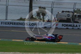 World © Octane Photographic Ltd. Formula 1 - Australian Grand Prix - Practice 1. Daniil Kvyat - Scuderia Toro Rosso STR12. Albert Park Circuit. Friday 24th March 2017. Digital Ref: 1793LB2D4480