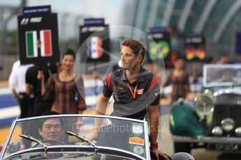 World © Octane Photographic Ltd. Formula 1 - Singapore Grand Prix - Drivers' parade. Romain Grosjean - Haas F1 Team VF-17. Marina Bay Street Circuit, Singapore. Sunday 17th September 2017. Digital Ref: