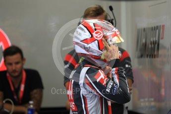 World © Octane Photographic Ltd. Formula 1 - Singapore Grand Prix - Practice 3. Kevin Magnussen - Haas F1 Team VF-17. Marina Bay Street Circuit, Singapore. Saturday 16th September 2017. Digital Ref:1962LB1D1624