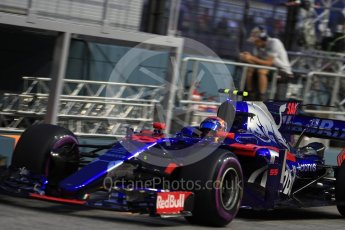 World © Octane Photographic Ltd. Formula 1 - Singapore Grand Prix - Practice 3. Carlos Sainz - Scuderia Toro Rosso STR12. Marina Bay Street Circuit, Singapore. Saturday 16th September 2017. Digital Ref:1962LB1D1842