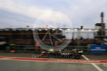 World © Octane Photographic Ltd. Formula 1 - Singapore Grand Prix - Practice 3. Kevin Magnussen - Haas F1 Team VF-17. Marina Bay Street Circuit, Singapore. Saturday 16th September 2017. Digital Ref:1962LB2D1691