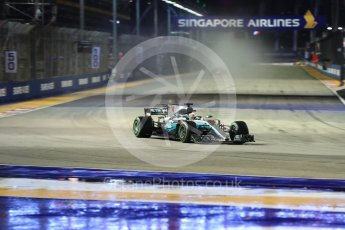 World © Octane Photographic Ltd. Formula 1 - Singapore Grand Prix - Race. Lewis Hamilton - Mercedes AMG Petronas F1 W08 EQ Energy+. Marina Bay Street Circuit, Singapore. Sunday 17th September 2017. Digital Ref: