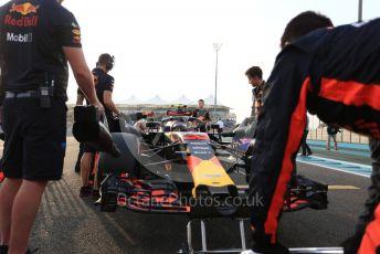 World © Octane Photographic Ltd. Formula 1 –  Abu Dhabi GP - Grid. Aston Martin Red Bull Racing TAG Heuer RB14 – Max Verstappen. Yas Marina Circuit, Abu Dhabi. Sunday 25th November 2018.