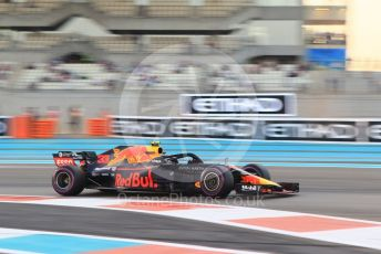 World © Octane Photographic Ltd. Formula 1 –  Abu Dhabi GP - Practice 2. Aston Martin Red Bull Racing TAG Heuer RB14 – Max Verstappen. Yas Marina Circuit, Abu Dhabi. Friday 23rd November 2018.