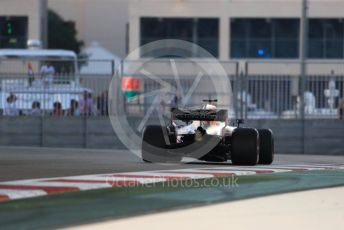 World © Octane Photographic Ltd. Formula 1 –  Abu Dhabi GP - Practice 2. Aston Martin Red Bull Racing TAG Heuer RB14 – Daniel Ricciardo. Yas Marina Circuit, Abu Dhabi. Friday 23rd November 2018.