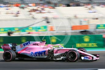 World © Octane Photographic Ltd. Formula 1 –  Abu Dhabi GP - Practice 3. Racing Point Force India VJM11 - Esteban Ocon. Yas Marina Circuit, Abu Dhabi. Saturday 24th November 2018.