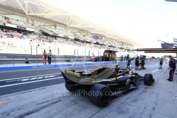 World © Octane Photographic Ltd. Formula 1 –  Abu Dhabi GP - Practice 3. Renault Sport F1 Team RS18 – Carlos Sainz. Yas Marina Circuit, Abu Dhabi. Saturday 24th November 2018.