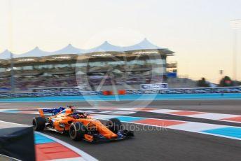 World © Octane Photographic Ltd. Formula 1 –  Abu Dhabi GP - Qualifying. McLaren MCL33 – Fernando Alonso. Yas Marina Circuit, Abu Dhabi. Saturday 24th November 2018.