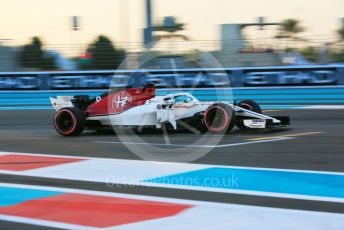 World © Octane Photographic Ltd. Formula 1 – Abu Dhabi GP - Qualifying. Alfa Romeo Sauber F1 Team C37 – Marcus Ericsson. Yas Marina Circuit, Abu Dhabi. Saturday 24th November 2018.