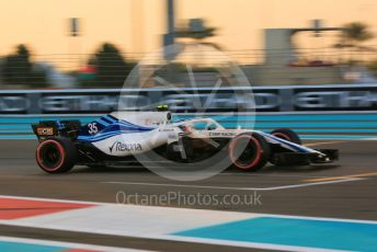 World © Octane Photographic Ltd. Formula 1 –  Abu Dhabi GP - Qualifying. Williams Martini Racing FW41 – Sergey Sirotkin. Yas Marina Circuit, Abu Dhabi. Saturday 24th November 2018.