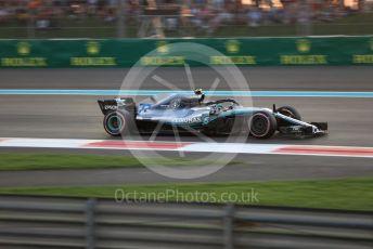 World © Octane Photographic Ltd. Formula 1 –  Abu Dhabi GP - Qualifying. Mercedes AMG Petronas Motorsport AMG F1 W09 EQ Power+ - Valtteri Bottas. Yas Marina Circuit, Abu Dhabi. Saturday 24th November 2018.