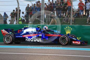World © Octane Photographic Ltd. Formula 1 –  Abu Dhabi GP - Qualifying. Scuderia Toro Rosso STR13 – Pierre Gasly. Yas Marina Circuit, Abu Dhabi. Saturday 24th November 2018.