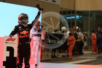 World © Octane Photographic Ltd. Formula 1 –  Abu Dhabi GP - Parc Ferme. Aston Martin Red Bull Racing TAG Heuer RB14 – Daniel Ricciardo and McLaren MCL33 – Stoffel Vandoorne. Yas Marina Circuit, Abu Dhabi. Sunday 25th November 2018.