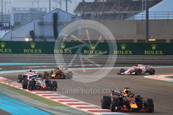 World © Octane Photographic Ltd. Formula 1 –  Abu Dhabi GP - Race. Aston Martin Red Bull Racing TAG Heuer RB14 – Daniel Ricciardo and Haas F1 Team VF-18 – Romain Grosjean. Yas Marina Circuit, Abu Dhabi. Sunday 25th November 2018.