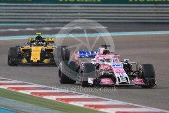 World © Octane Photographic Ltd. Formula 1 –  Abu Dhabi GP - Race. Racing Point Force India VJM11 - Sergio Perez and Renault Sport F1 Team RS18 – Carlos Sainz. Yas Marina Circuit, Abu Dhabi. Sunday 25th November 2018.