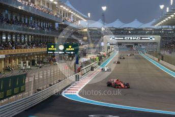World © Octane Photographic Ltd. Formula 1 –  Abu Dhabi GP - Race. Scuderia Ferrari SF71-H – Kimi Raikkonen and Alfa Romeo Sauber F1 Team C37 – Charles Leclerc. Yas Marina Circuit, Abu Dhabi. Sunday 25th November 2018.