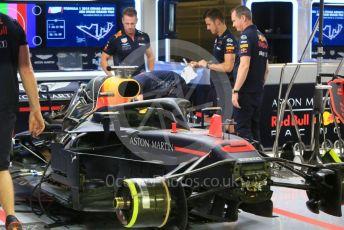 World © Octane Photographic Ltd. Formula 1 –  Abu Dhabi GP - Pit Lane. Aston Martin Red Bull Racing TAG Heuer RB14. Yas Marina Circuit, Abu Dhabi. Thursday 22nd November 2018.