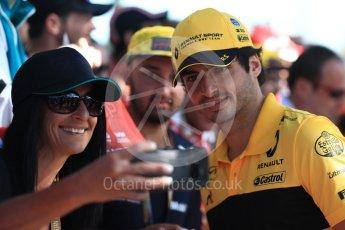 World © Octane Photographic Ltd. Formula 1 – Australian GP - Melbourne Walk. Renault Sport F1 Team RS18 – Carlos Sainz. Albert Park, Melbourne, Australia. Sunday 25th March 2018.