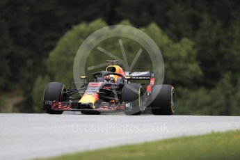 World © Octane Photographic Ltd. Formula 1 – Austrian GP - Practice 1. Aston Martin Red Bull Racing TAG Heuer RB14 – Daniel Ricciardo. Red Bull Ring, Spielberg, Austria. Friday 29th June 2018.