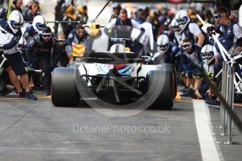 World © Octane Photographic Ltd. Formula 1 – Belgian GP - Practice 3. Williams Martini Racing FW41 mechanics do a practice pit stop. Spa-Francorchamps, Belgium. Saturday 25th August 2018.