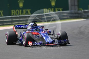 World © Octane Photographic Ltd. Formula 1 – Hungarian GP - Green flag lap. Scuderia Toro Rosso STR13 – Brendon Hartley. Hungaroring, Budapest, Hungary. Sunday 29th July 2018.