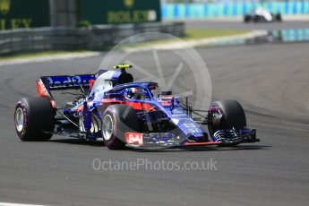 World © Octane Photographic Ltd. Formula 1 – Hungarian GP - Green flag lap. Scuderia Toro Rosso STR13 – Pierre Gasly. Hungaroring, Budapest, Hungary. Sunday 29th July 2018.