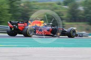 World © Octane Photographic Ltd. Formula 1 – Hungarian GP - Qualifying. Aston Martin Red Bull Racing TAG Heuer RB14 – Daniel Ricciardo. Hungaroring, Budapest, Hungary. Saturday 28th July 2018.