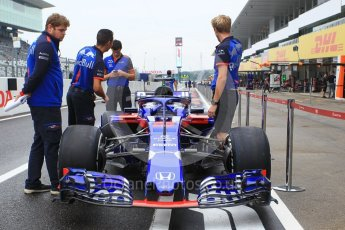 World © Octane Photographic Ltd. Formula 1 – Japanese GP - Pit Lane. Scuderia Toro Rosso STR13 – Brendon Hartley. Suzuka Circuit, Japan. Thursday 4th October 2018.