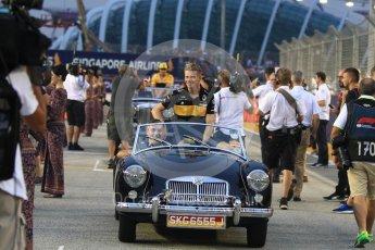 World © Octane Photographic Ltd. Formula 1 – Singapore GP - Drivers Parade. Renault Sport F1 Team RS18 – Nico Hulkenberg. Marina Bay Street Circuit, Singapore. Sunday 16th September 2018.