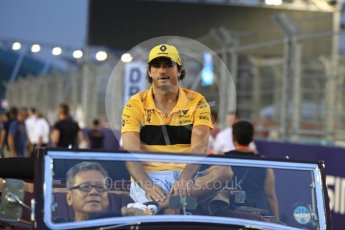 World © Octane Photographic Ltd. Formula 1 – Singapore GP - Drivers Parade. Renault Sport F1 Team RS18 – Carlos Sainz. Marina Bay Street Circuit, Singapore. Sunday 16th September 2018.