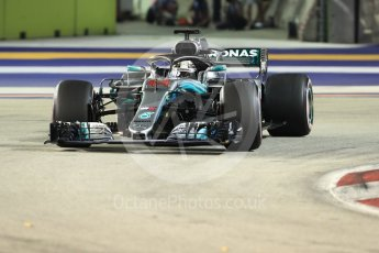 World © Octane Photographic Ltd. Formula 1 – Singapore GP – Race. Mercedes AMG Petronas Motorsport AMG F1 W09 EQ Power+ - Lewis Hamilton. Marina Bay Street Circuit, Singapore. Sunday 16th September 2018.